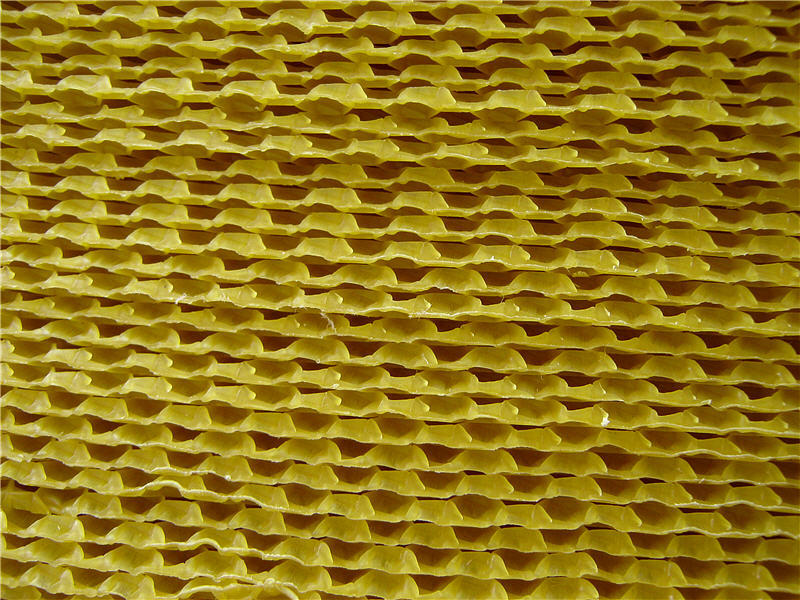 Листы вощины - вид сбоку