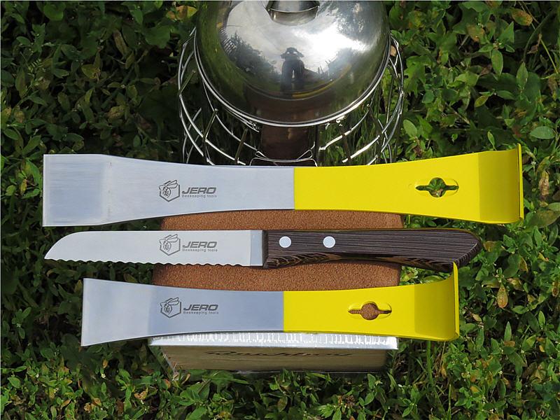 Ручной инвентарь: нож и стамески