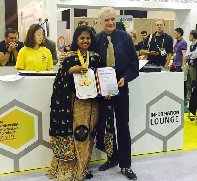 Ritu KAPOOR (India)